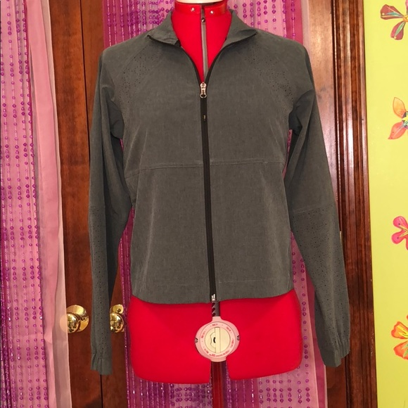CALIA by Carrie Underwood Women/'s Woven Full Zip Jacket SMALL
